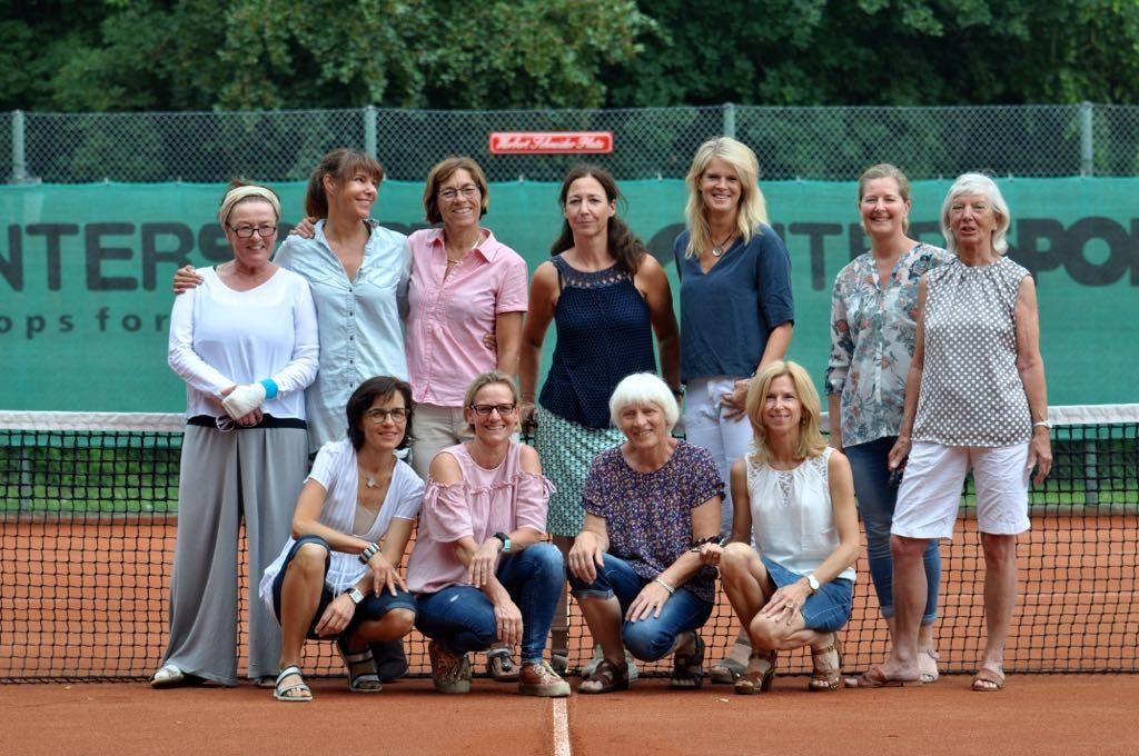 11 Damen der Damen-50-Mannschaft des TC Hersel-Widdig